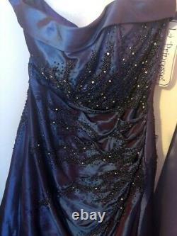 Joblot Bundle of Prom Gowns/Dresses/Cruise/Wedding and Accessories various sizes