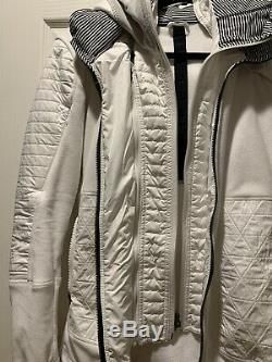 Lululemon Run Bundle Up Jacket Polar Cream Black White Micro stripe Sz 6 EUC