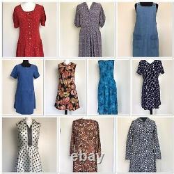 Vintage womens clothing bundle x43 items