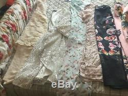 Womens clothing and shoes sizes 16,18,20,22 JOB LOT